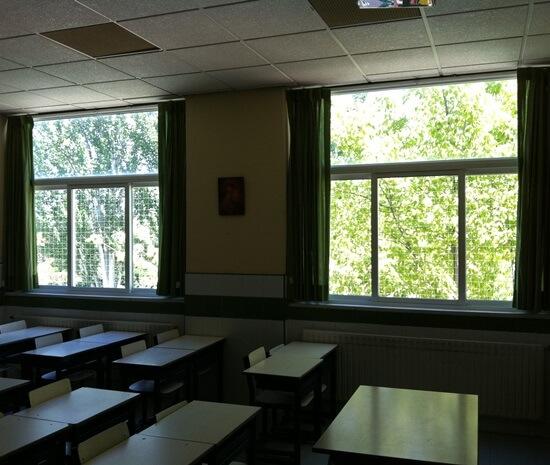 Redes protecci n ni os para ventanas balcones escaleras - Proteccion para escaleras ...