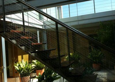 red protección escaleras